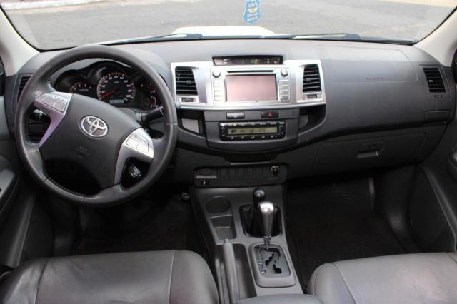 Toyota Hilux CD SRV D4-D 4x4 3.0  TDI Dies - Foto 4