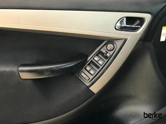 Citroën C4 Picasso GLX 2.0 16V  Aut. - Foto 11