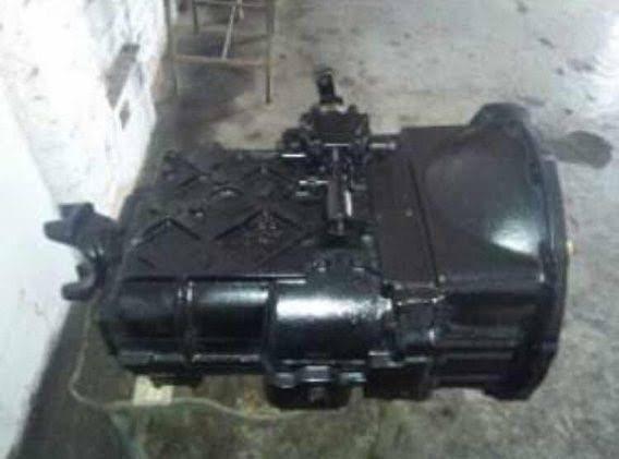 Vendo caixa 5 marchas do Mercedes 1721 e caixa de direção hidráulica