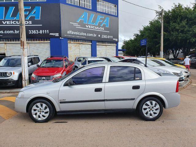 Astra Comfort Sedan 2.0 Flex 8v 2005 - Foto 2