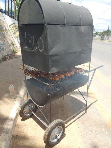 Vendo churrasquira pra galeto,tenda 3×3.tudo novo com 2 meses de uso. - Foto 4