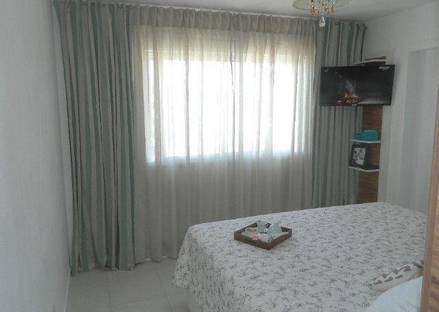 Capoeiras 2 dormitórios com muito espaço , suíte e sacada com garagem - Foto 13