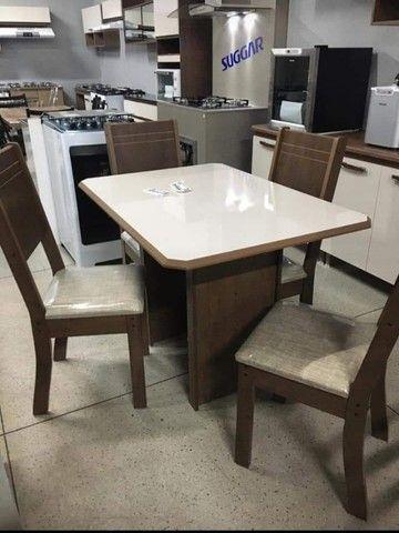 mesa 4 cadeira//entrega e montagem na hora
