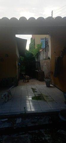 Vendo casa a 400 metros do Castelão - Foto 6