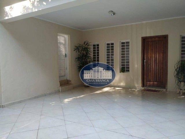 Casa excelente com uma área de lazer maravilhosa! - Foto 5