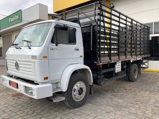 Caminhão Vw 12170 cumins