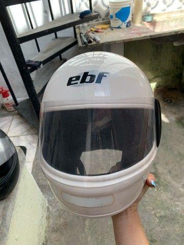 Capacete branco EBF -  60 reais  - Foto 3