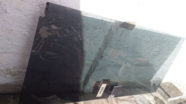Porta de vidro com ferragem completa