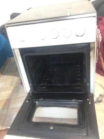 Vendo fogão 4 bocas funcionando tudo  - Foto 2