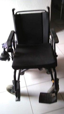 vendo Cadeira elétrica ou automática pra adulto como era mais conhecida   - Foto 3