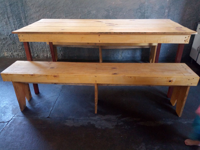 Mesa rústica com 2 bancos - Foto 2