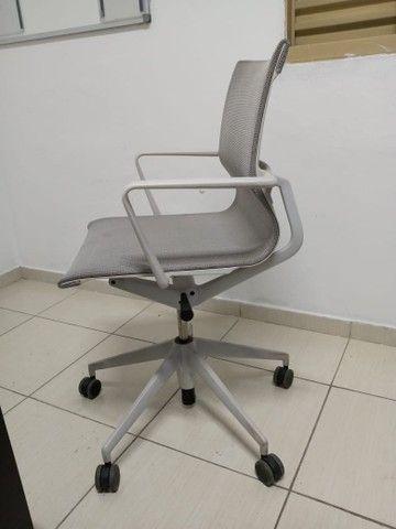 Cadeira vitra super confortável  - Foto 2
