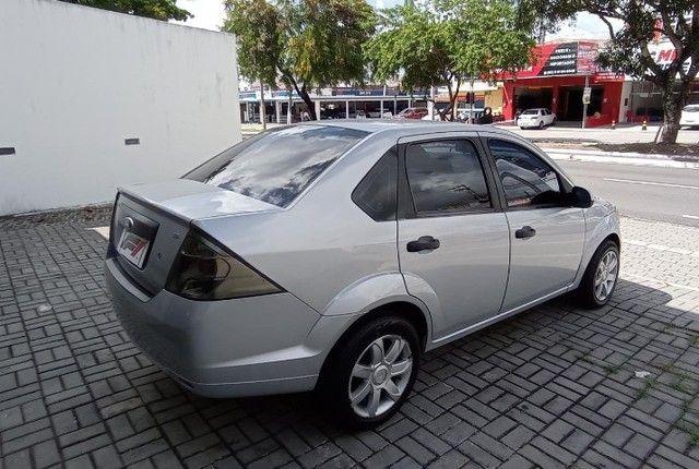 Ford Fiesta Sedan 1.6 Flex! - Foto 6