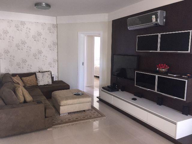 MJ 103973 Apartamento 3 suítes, mobiliado, 2 vagas privativas
