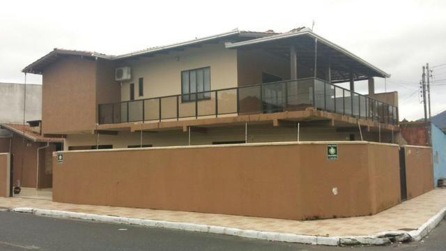 Casa de 02 Pisos no Bairro Cidade Nova/São Vicente *
