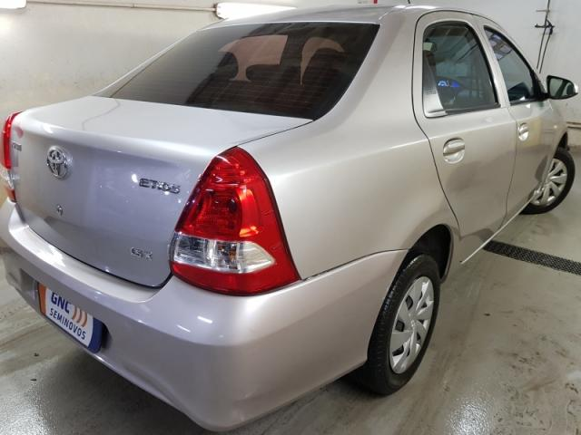 TOYOTA ETIOS 1.3 X 16V FLEX 4P MANUAL. - Foto 3
