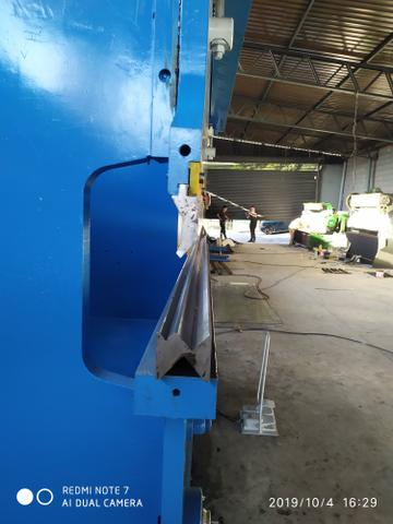 Casal de máquinas para corte e dobra, dobradeira e guilhotina 3 metros para 6 mm