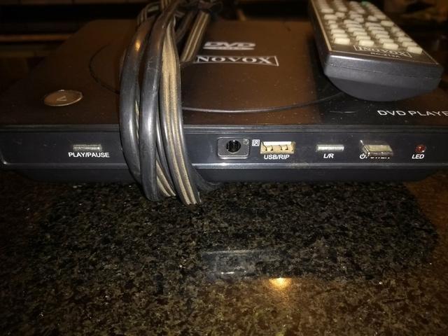 Dvd player inovox com. usb