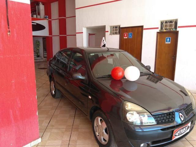 Renault clio sedan privilege 1.6 16v completo 2004 - Foto 12