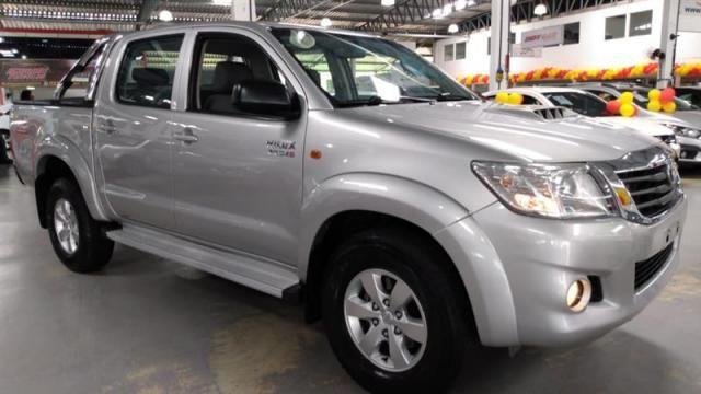 Toyota Hilux 3.0 SR 4X4 CD 16V Turbo Intercooler Diesel 4P Automático