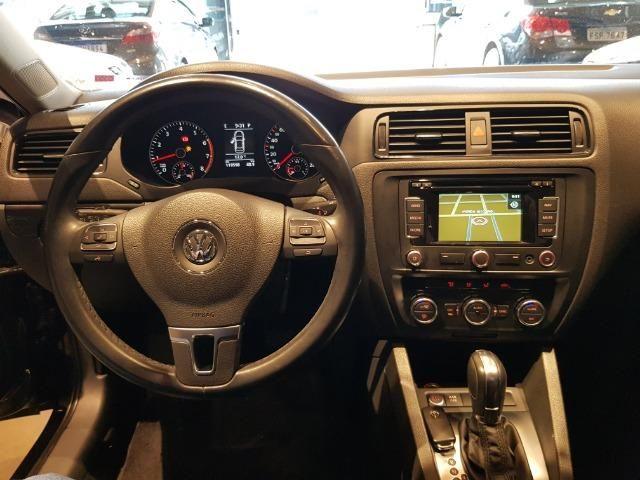 VW - Jetta Com Teto Solar - Foto 12
