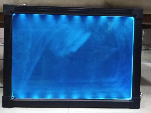 Lousa Luminosa de LED Cavalete 50 x 70 com / 110V/220V (Bivolt)