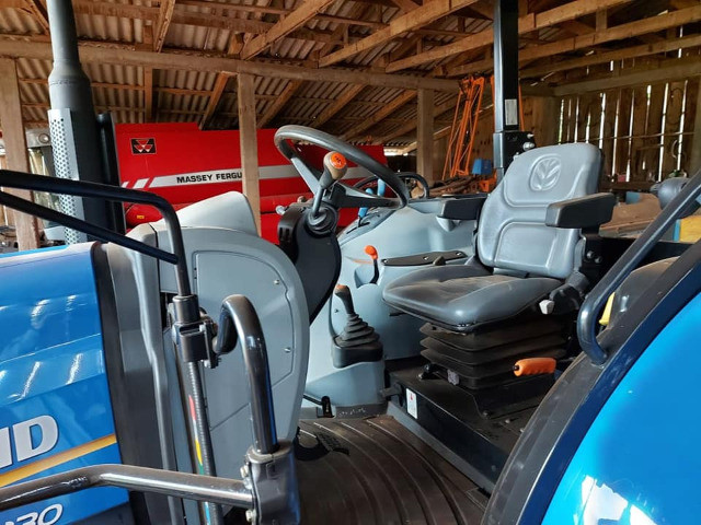 Trator | New Holland | T6-130 - Foto 2