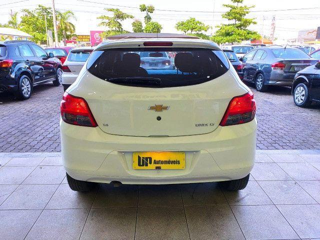 Chevrolet Onix 1.4 LT 2016 impecável único dono! - Foto 4