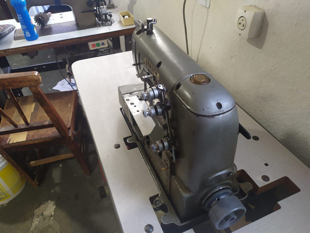 Máquina de Costura Galoneira  - Foto 3