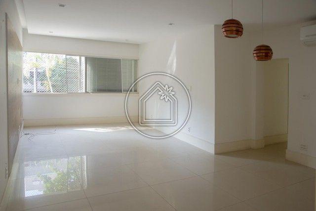 Apartamento à venda com 3 dormitórios em Leblon, Rio de janeiro cod:901107