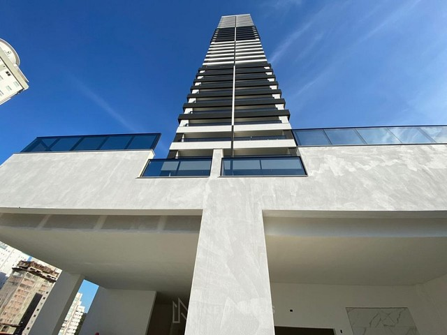 Apartamento Novo de 4 Dormitórios e 3 Vagas em Balneário Camboriú - Foto 6
