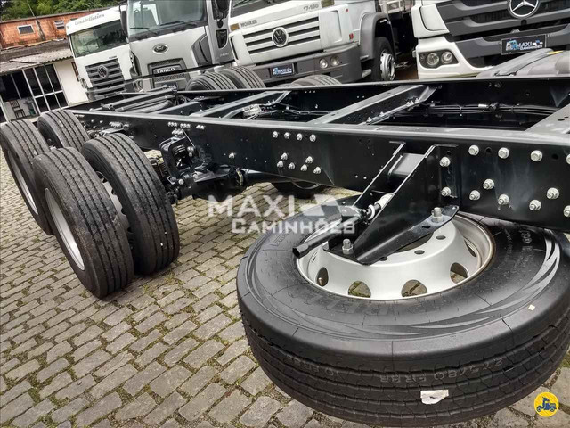 MB Atego 2426 6x2 Truck OKM Completo Pronta entrega - Foto 13