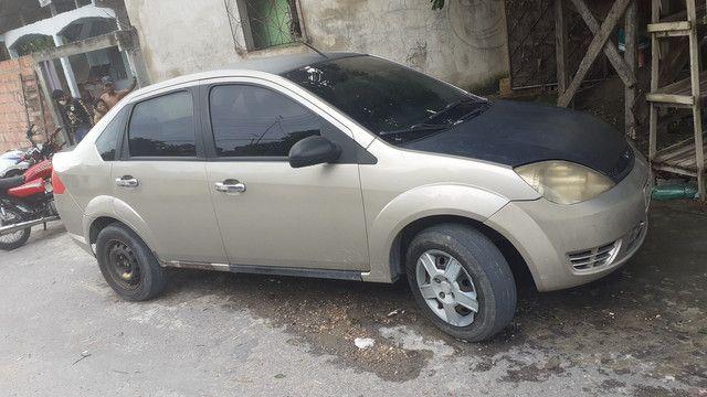 Fiesta sedan 12.500