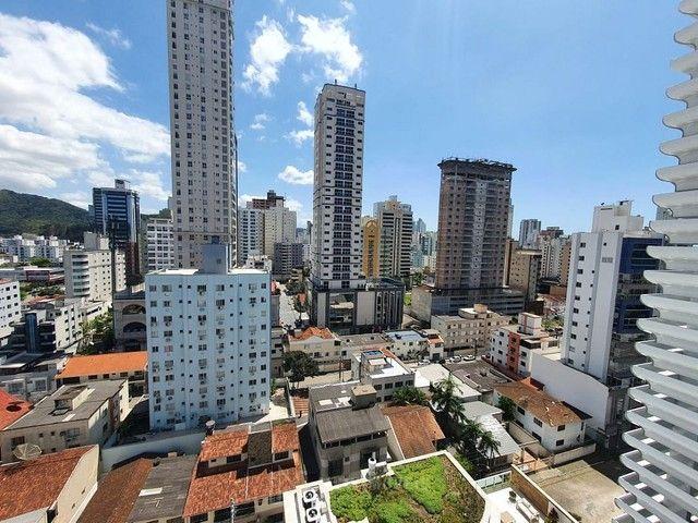 Apartamento novo 3 suítes 2 vagas em Balneário Camboriú - Foto 7