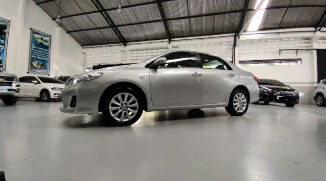 Toyota Corolla 2.0 16v altis Flex Ault. 4p - Foto 4