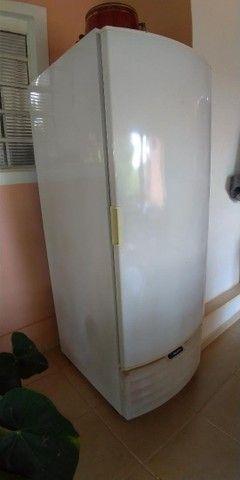 Freezer e Conservador Vertical Dupla Ação 539 litros VF55D Metalfrio 220V - Foto 2