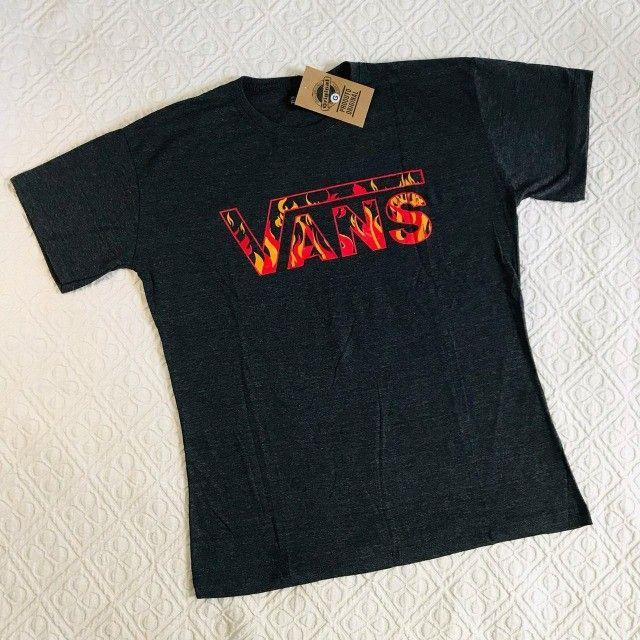 camiseta malha 30.1 em atacado - Foto 2