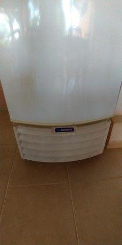 Freezer e Conservador Vertical Dupla Ação 539 litros VF55D Metalfrio 220V - Foto 4