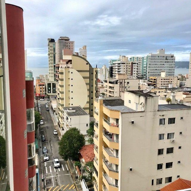 Apartamento mobiliado com 4 suítes na Meia Praia Itapema - SC. - Foto 20