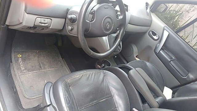 Megane Renault Grand Scenic Dinamike 2.0 16 valvulas Automatica com GNV 2009 - Foto 17