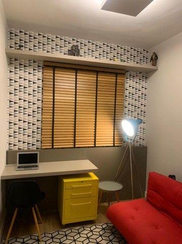 Apartamento Mobiliado e decorado. 2 dorm, 1 suíte. Lazer completo! Região Central - Foto 14