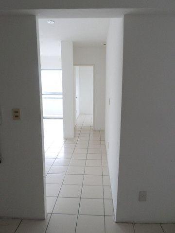 AL23 Apartamento 2 Quartos, Varanda, 2 Wc, 1 Vaga, 60 m², Boa Viagem Próx Aeroporto e Shop - Foto 9