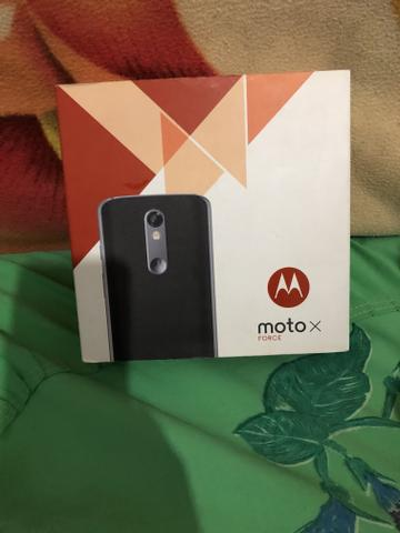 Moto x force 64 gigas