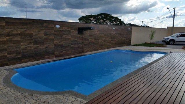 piscina de fibra gigante