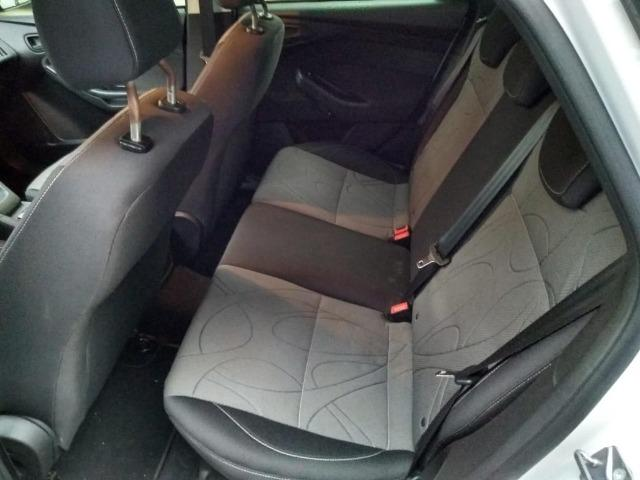Vendo Ford Focus Hatch Modelo 14 - Foto 11