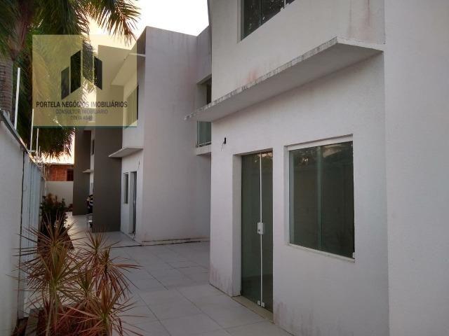 Casa Cond. Fechado, no Antares, 3/4, suíte, varanda, nascente, com piscina - Foto 2