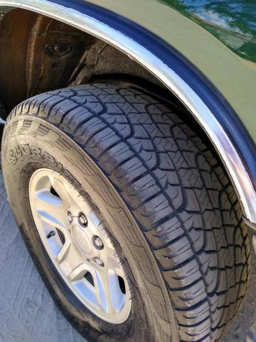 Toyota HIlux SW4 4x4 7 lugares Turbo Diesel - Foto 4