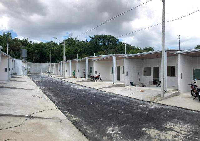 CD Fechado- 2 e 3 Dormitórios/ Poço artesiano- Parque 10/ Apenas 170 mil à vista - Foto 3