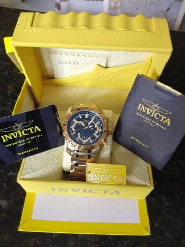 396f4e47bb536 Relógio invicta original