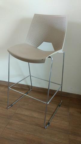 Cadeira para balcão - banqueta